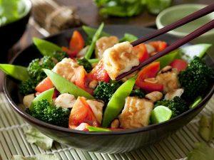 Chiêm bao thấy ăn chay nên đánh con gì trúng lớn?