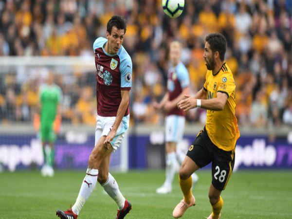 Soi kèo Burnley vs Wolves, 00h30 ngày 22/12 - Ngoại Hạng Anh