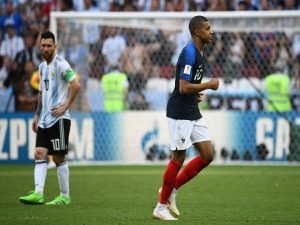 tin-bong-da-the-gioi-10-12-mbappe-xo-do-ky-luc-cua-messi