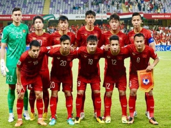 Đội tuyển bóng đá nam Việt Nam đứng thứ mấy trên bảng xếp hạng thế giới